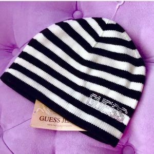 NWT GUESS beanie winter hat women's